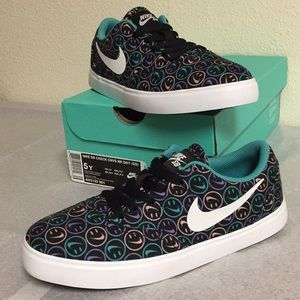NIKE SB CHECK CNVS NK DAY (5Y) BOYS OR GIRLS SHOES
